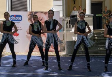 Brend Chicco podržao proslavu punoletstva najstarije škole roditeljstva u Srbiji
